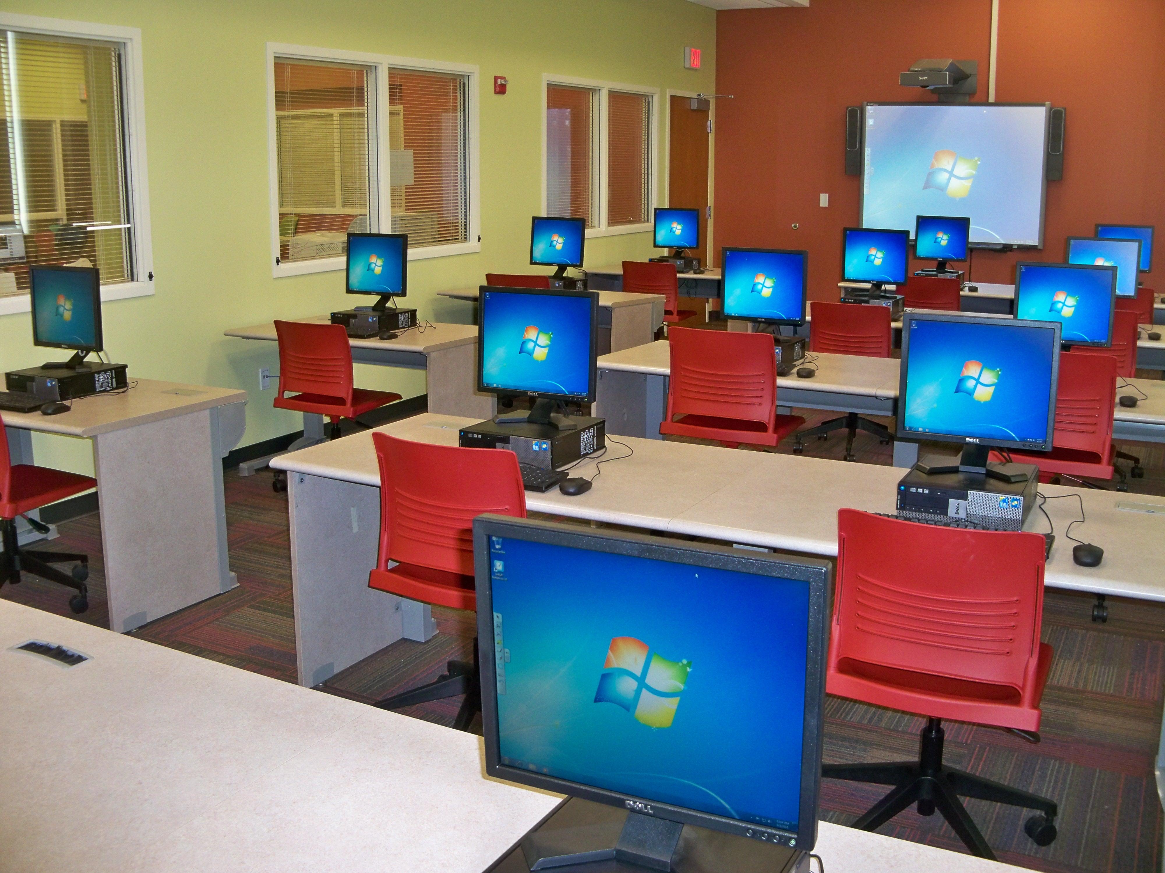 Computer Training Lab